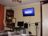 Срочно меня или продам одно комнатную  квартиру центр Тирасполя на Кишинев