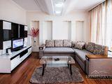 Salon+dormitor=2 camere in Centru! 40 euro/zi! Bloc nou! Wi-Fi!