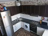 Se vinde apartament cu o camera,  de mijloc 34 mp, reparatie, mobilata