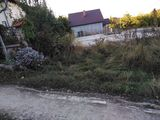 Vindem teren cu temelie pentru casa in Durlesti,str.Budei, suprafata de 4 ari cu retele pe teren !