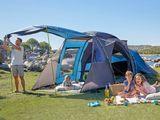 Немецкие палатки на 4- места. высота - 2м.
