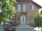 Casa 2 nivele 165 m2 + casa cu 1 nivel 60 m2