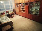 Apartament cu 3 odăi, sectorul Botanica.