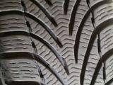 3имние шины R-15 195--65-15 Состояние хорошее. Диски.