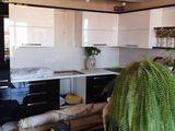 Продам новую кухню класса люкс!!!