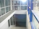 Продаем офисно -торговую площадь  в  г.Кишинева по ул.Доменюк пересечение с ул.Мирча чел Бэтрын!