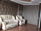 Chirie  Apartament cu 2 camere  Centru  str. Sf. Gheorghe 400 €