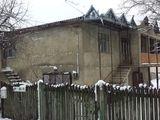 Vind casa in Ciorescu.