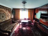Apartament cu  3 camere, bd. Dacia, 75 mp, 35900 €