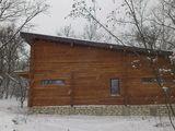 Vila din lemn in apropierea orasului Chisinau