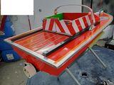 Радиоуправляемый корабль с эхолотом . для завоза прикормки  и снастей.