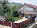 Чадыр-Лунга - новый современный 2-хэтажный дом с мебелью и техникой