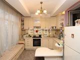 Шикарная 3-ех комнатная квартира в самом центре на Штефан чел Маре
