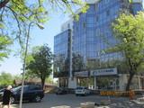 Oficii in chirie:  13,6 m2,  sectorul telecentru (in apropiere de piața Dokuceaev)