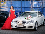 Mercedes albe/negre (белые/черные) - 15 €/ora (час) & 79 €/zi (день)