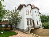 Casa, park, 6camere, sauna-piscina, terasa, barbeque, max12-13pers; Reduceri-10 %