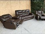 Кожанный комплект. Раскладной диван. 2 кресла качалки.