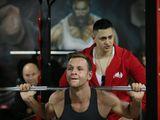 Devino de 2 ori mai musculos datorită programului nostru gratuit de antrenament personalizat!