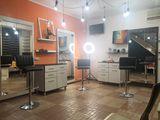 Chirie loc/scaun in salon de frumusete pentru mesteri Make-up/ sprancene / gene /coafuri