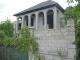 Внимание  дача, недостроенная в  Сурученах с  видом  на  озеро. не  дорого.