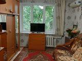 Мунчешты,комната с удобствами,евроремонт,мебель,3/5этаж-10900евро