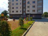 Prima rata - 3 300 eur, rata lunara - 215 eur (prima casa), apartament 2 camere + living = 68 m.p.