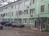 Chirie, Spațiu comercial / oficiu, Centru str. Feredeului, 97 mp, 390 €
