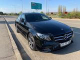 rentmercedes.md - E Class W213 2017 alb/negru (белый/черный)