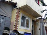 Se vinde casa in centru orasului.