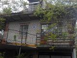 Casa la Stauceni, Buruiana