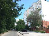 Apartament cu 3 camere- reparație euro! Zonă de parc! Râșcani, 92700€