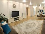 Дом класса люкс. 2 этажа + мансарда. Бассейн. Мебель. Техника.