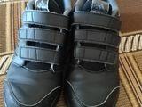 """Продам срочно оригинальные кросы  """"Adidas"""" !Для детеи!"""