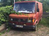 Mercedes Benz gruzavoi