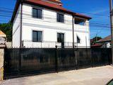 Casa excelenta! Posta Veche, str-la Criuleni, 180m2 + terasa 25m2, 2 nivele. 3 ari, euroreparatie!