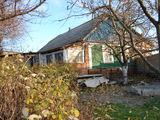 Дом / дача, с.Пырыта (15мин. от Кишинева в сторону В.Воды)