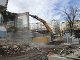 Excavator demolari reciclari / снос демонтаж