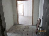 Продаю 4-х комнатную квартиру с автономным отоплением без ремонта.