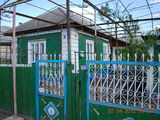 Продается дом в Бельцах - 8 соток земли.