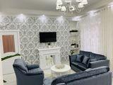 Se vinde apartament cu 2 dormitoare separate si living/ Sector Centru str. L. Tolstoi 74