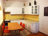 Se vinde casa in centrul Chisinaului !!!