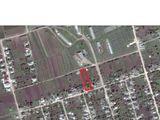 Urgent!!! se vinde casă bătrinească în apropierea rîului nistru,25 ar, r-nul dubăsari,sat.holercani.