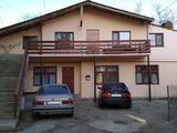 Vind casa cu 2 etaje cu sauna ! Chisinau - Centru !