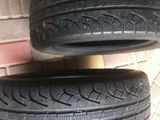 4 шины Pirelli 205/55 зимние в отличном состоянии