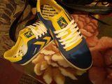 Продаются новые кроссовки