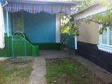 Casa 5500 eur. posibil in rate