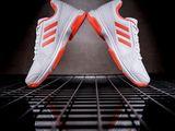 Adidas кроссовки новые оригинальные