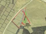 Vind teren 6,3 ha  + padure 1,5 ha   pentru zona de agrement , aquapark , restaurant , vile.