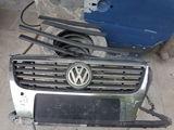 VW Passat b6 - передняя решетка!
