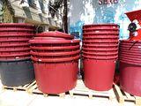 Cada din plastic pentru struguri /кадки для винограда